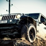 Offroad Sandlycke December vattenkaskader vatten skogskörning sandlycke offroad lerigt jeep